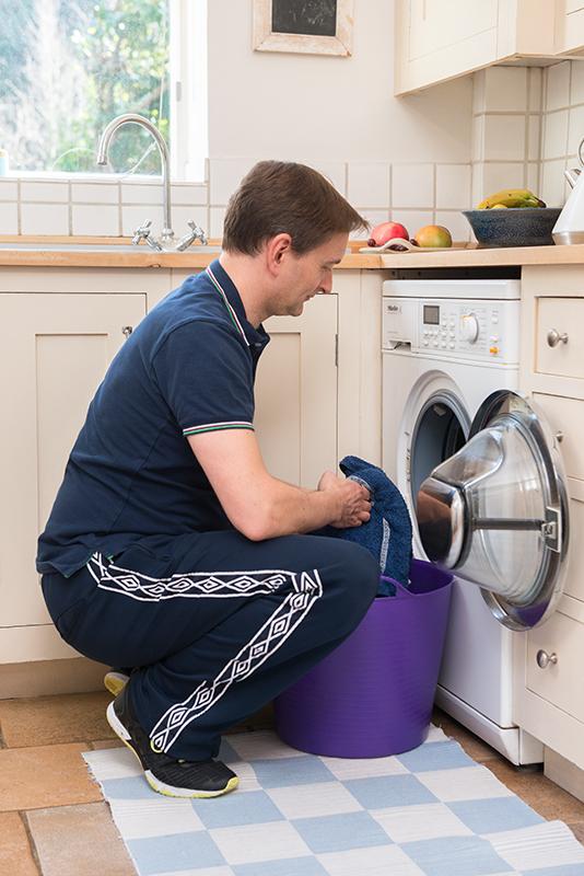 washing-machine-squat