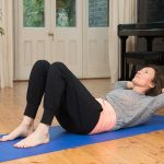 How to do abdominal crunches in a safe way for your back